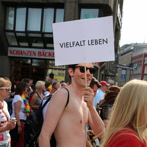 Hamburg Pride Demonstration 1 & Strassenfest - Bild 542