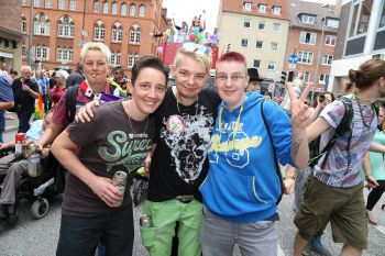 Lübeck Pride - Demonstration - Teil 1 / 415x betrachtet