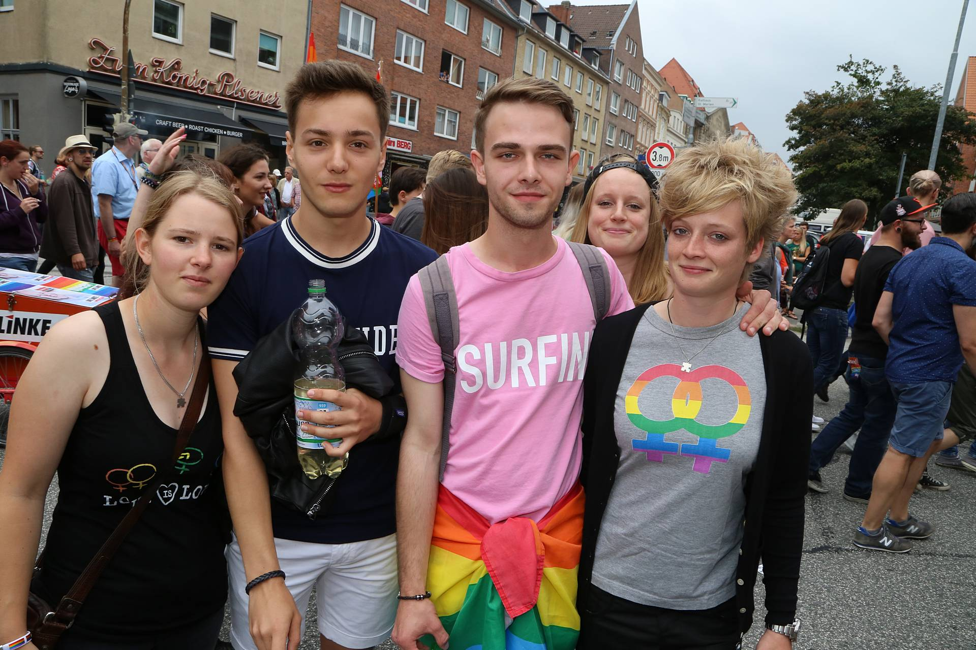 Lübeck Pride - Demonstration - Teil 1 / 517x betrachtet