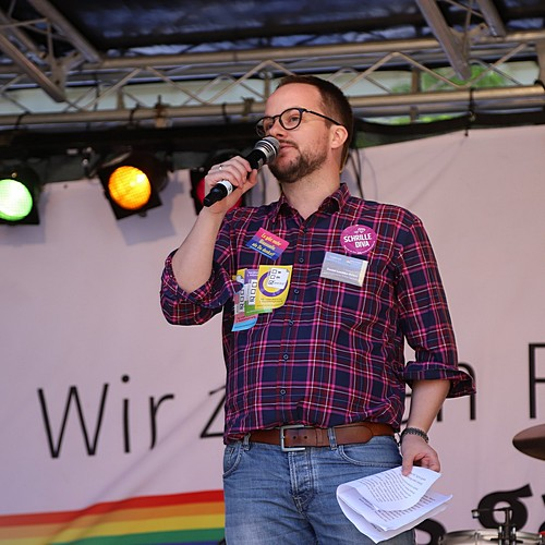 CSD Kiel - Demonstration & Straßenfest - 1035x betrachtet
