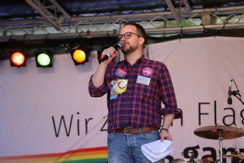 CSD Kiel - Demonstration & Straßenfest / 1035x betrachtet