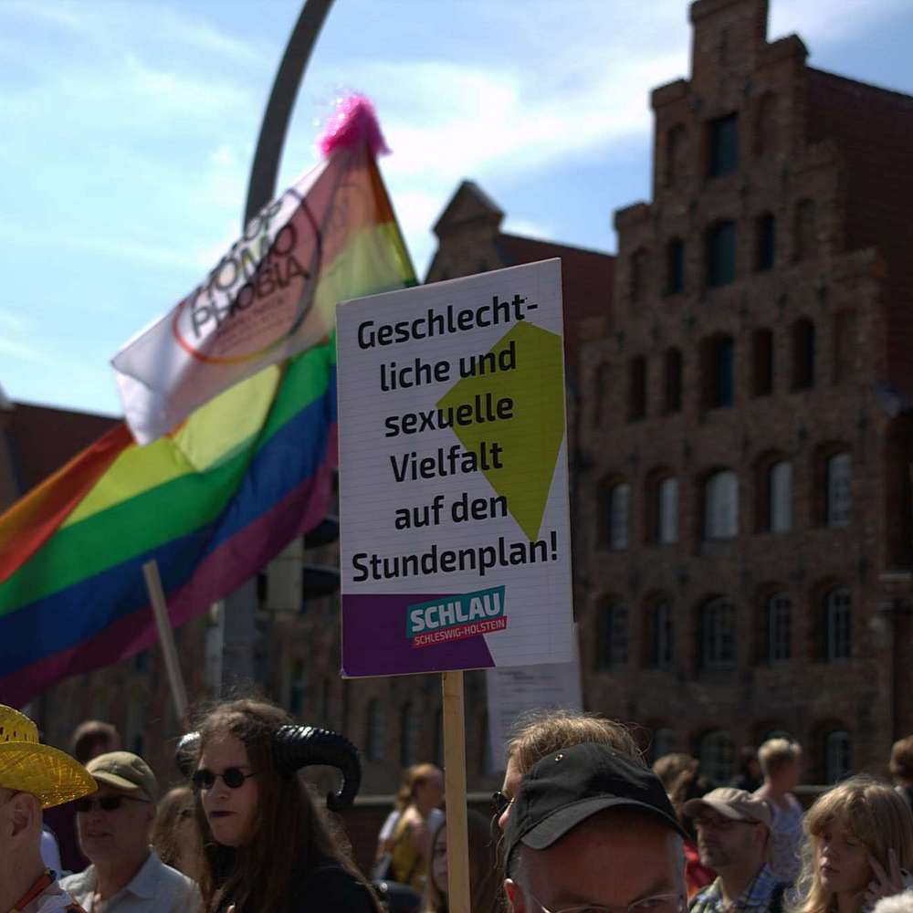 Lübeck Pride - Demonstration #2 - Bild 112