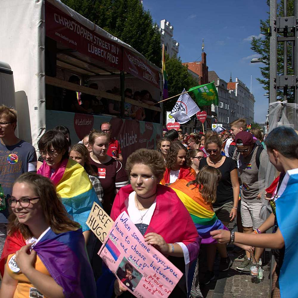 Lübeck Pride - Demonstration #2 - Bild 190