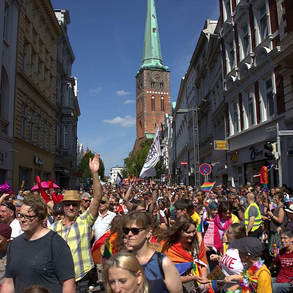 Lübeck Pride - Demonstration #2 - Bild 197