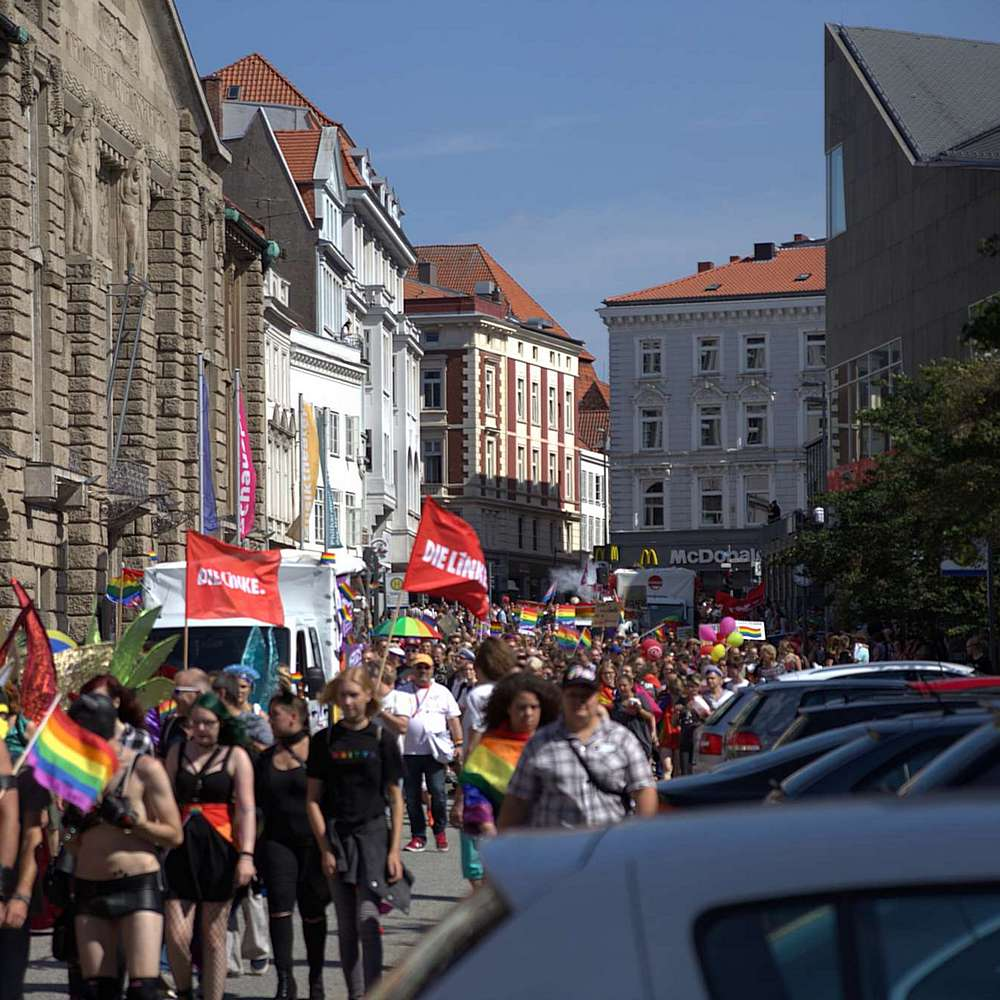 Lübeck Pride - Demonstration #2 - Bild 204