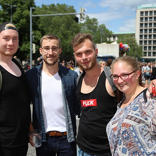 CSD Hannover - Demonstration & Strassenfest - 238x betrachtet