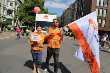 CSD Hannover - Demonstration & Strassenfest / 386x betrachtet