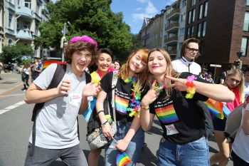 CSD Hannover - Demonstration & Strassenfest / 453x betrachtet