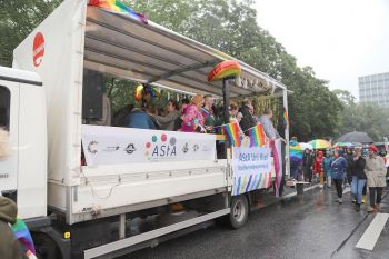 CSD Kiel - Demonstration & Straßenfest / 415x betrachtet