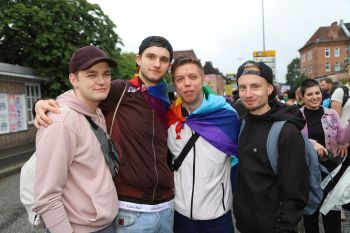 CSD Kiel - Demonstration & Straßenfest / 211x betrachtet